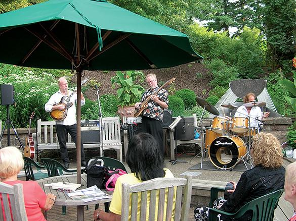 library garden concert