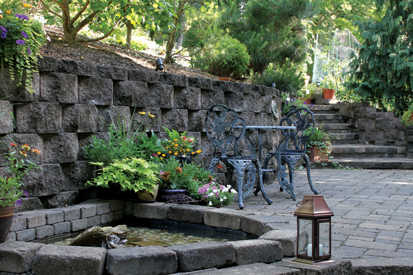 A Wall Can Ilize Hillside Garden And With The Right Stone Set