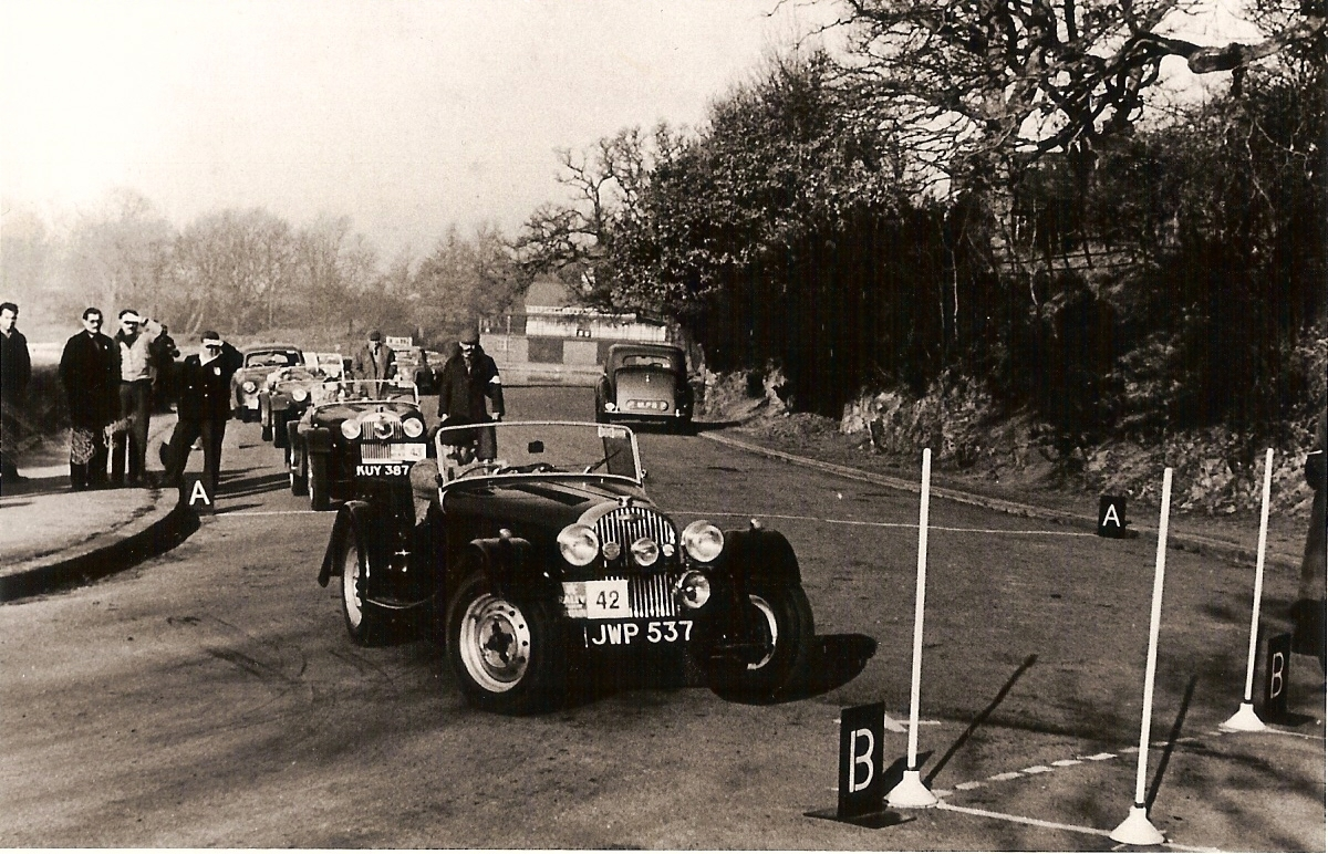 Dr Steel with JWP 537 in 1952 at the start of the Birmingham Post Rally